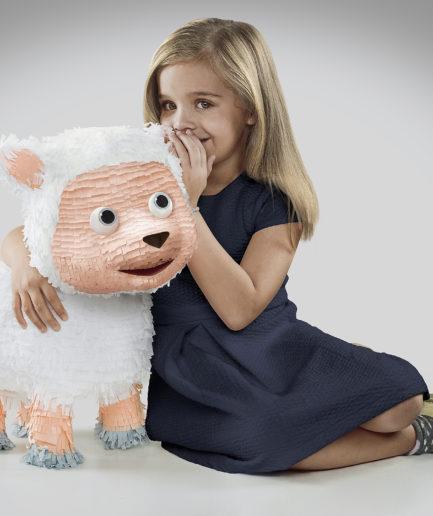 Elite Ovejita Piñata - Lamano Studio - Photography - Post Production - Illustration - Animation - CGI - Character Design - Craft